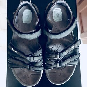 Teva Black Sport Sandals Sz 5